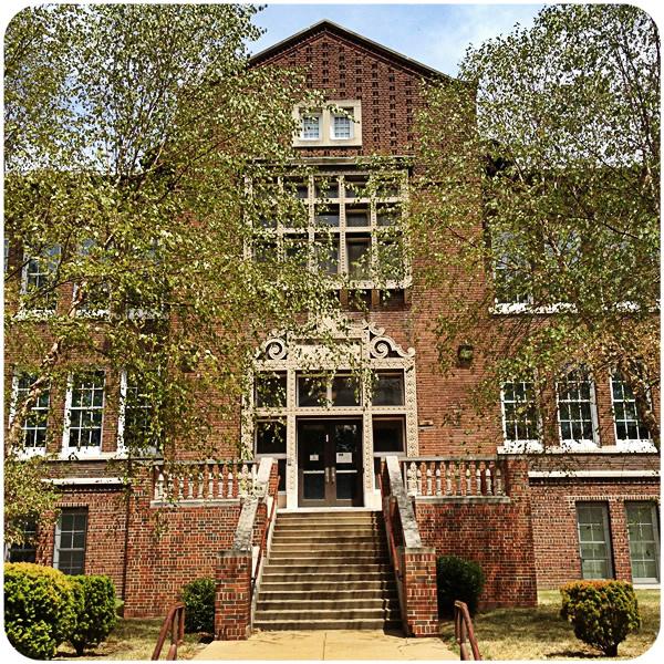 Farragut School